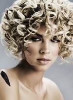 Cutting Curly Hair: The 411