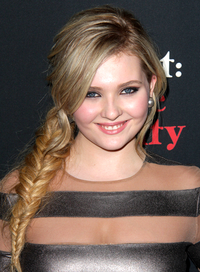 Abigail Breslin's Long, Blonde, Funky Hairstyle with a Braid