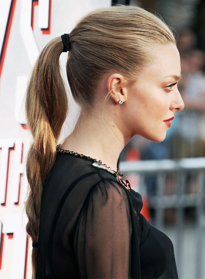 Amanda Seyfried Long, Blonde, Edgy Hairstyle with Twists