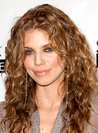 AnnaLynne McCord's Long, Brunette, Curly, Party Hairstyle