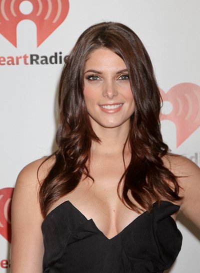 Ashley Greene Long, Wavy, Brunette Hairstyle