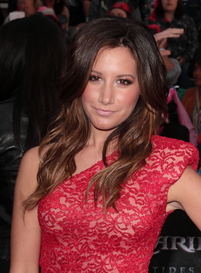 Ashley Tisdale Wavy, Tousled, Sexy Hairstyle