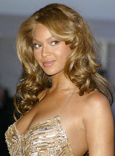 Beyonce Knowles Sexy, Curly Hairstyle
