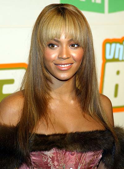 Beyonce Knowles Long Hairstyle with Bangs