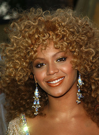 Beyonce Knowles Long, Curly Hairstyle