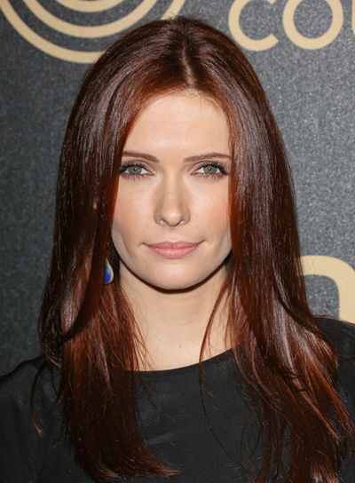 Bitsie Tulloch's Long, Straight, Chic, Layered Hairstyle