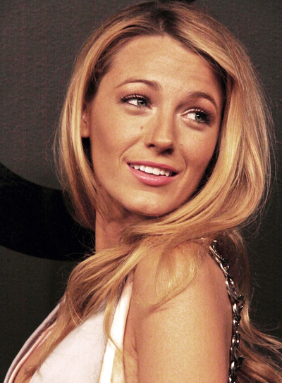 Blake Lively's Long, Blonde, Romantic, Wavy, Hairstyle
