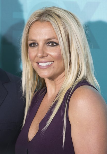 Britney Spears' Edgy, Straight, Blonde, Party Hairstyle
