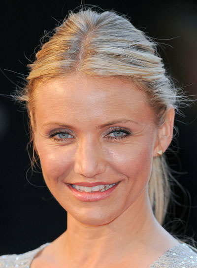 Cameron Diaz Straight, Blonde Ponytail