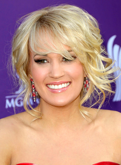 Carrie Underwood's Romantic, Blonde, Tousled, Updo Hairstyle