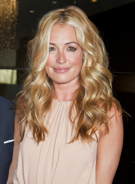 Cat Deeley's Long, Sexy, Tousled, Blonde Hairstyle