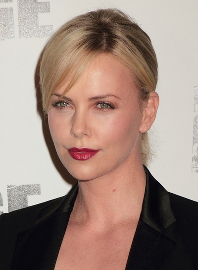 Charlize Theron's Chic, Blonde Updo