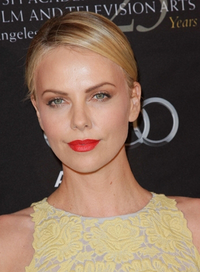 Charlize Theron's Chic, Straight, Formal, Blonde Updo