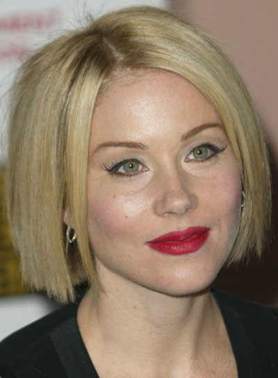 Christina Applegate Short, Blunt Bob