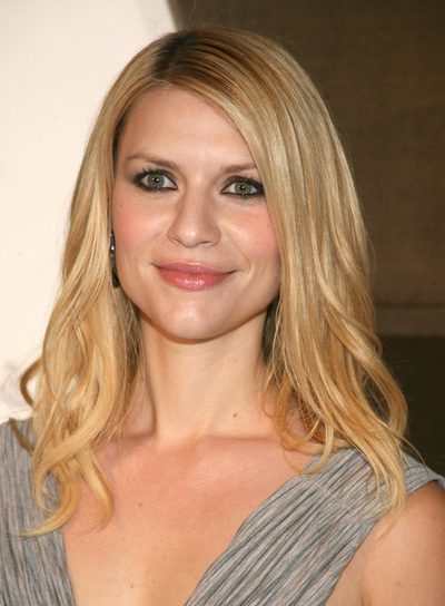 Claire Danes Curly, Chic, Blonde Hairstyle