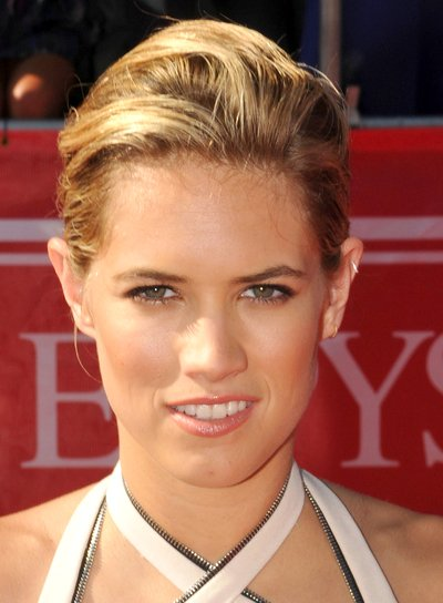 Cody Horn's Short, Chic, Blonde, Updo Hairstyle