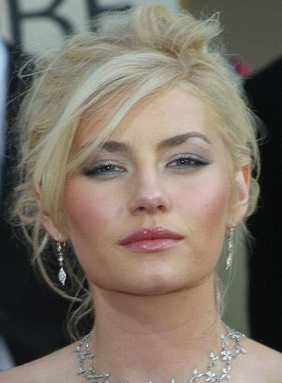 Elisha Cuthbert Sexy, Blonde Updo
