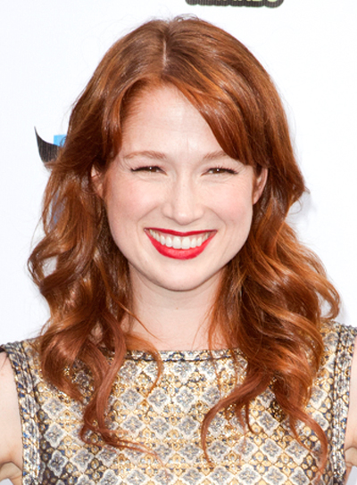 Ellie Kemper's Wavy, Red, Romantic, Sophisticated Hairstyle