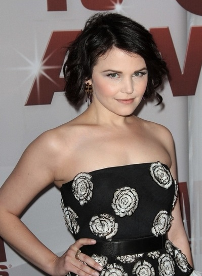 Ginnifer Goodwin Short, Black, Wavy, Tousled Bob