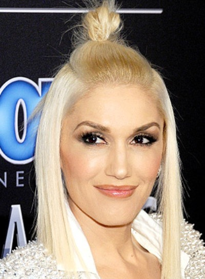 Gwen Stefani with a Short, Blonde, Half Updo, Funky Hairstyle Pictures