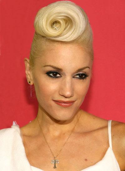 Gwen Stefani Blonde, Edgy Updo