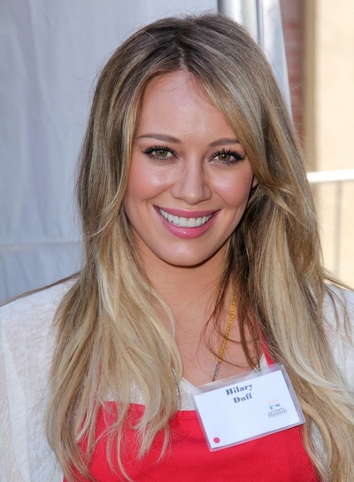 Hilary Duff Long, Straight, Blonde Hairstyle