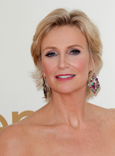 Jane Lynch Short, Sophisticated, Blonde Hairstyle