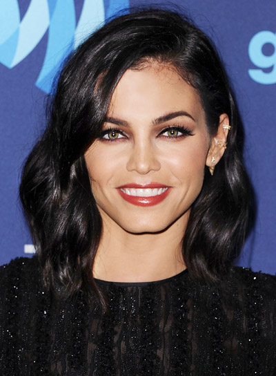 Jenna Dewan with a Short, Wavy, Romantic, Bob Hairstyle Pictures