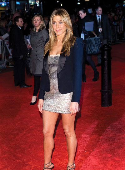 Jennifer Aniston Layered Hairstyle for Oval Faces