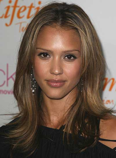 Jessica Alba Layered Hairstyle for Heart-Shaped Faces