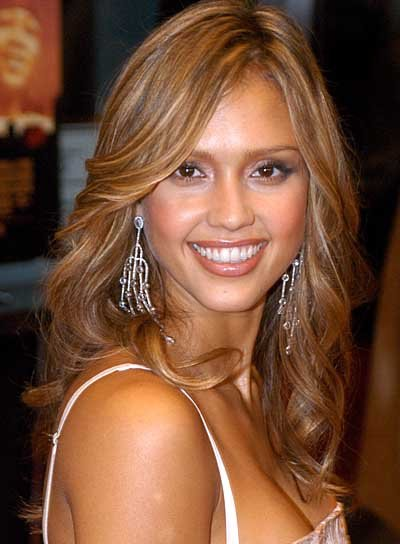 Jessica Alba Long, Romantic, Curly Hairstyle