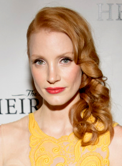 Jessica Chastain's Long, Curly, Sophisticated, Red, Hairstyle