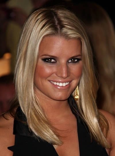 Jessica Simpson Sexy, Straight Hairstyle