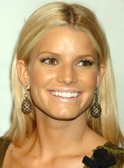 Jessica Simpson Straight Hair for Square Shaped Faces