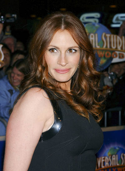 Julia Roberts Long, Red, Curly Hairstyle