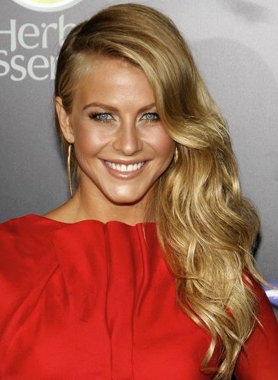 Julianne Hough Long, Romantic, Wavy, Blonde Hairstyle