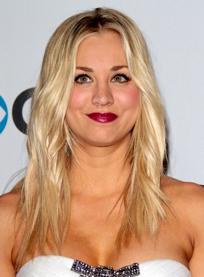 Kaley Cuoco's Long, Blonde, Edgy, Wavy Hairstyle