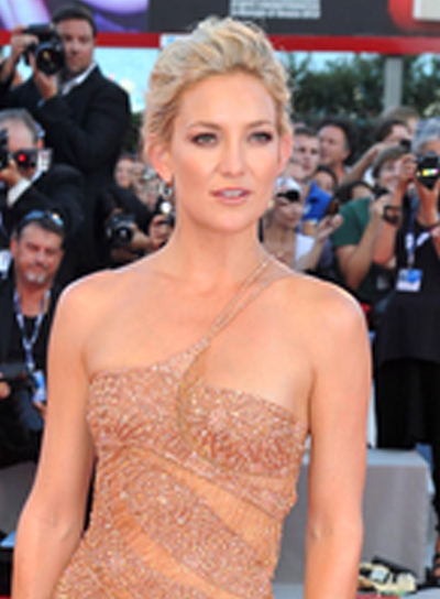 Kate Hudson's Blonde, Romantic, Wavy, Updo Hairstyle