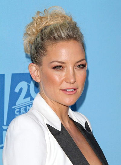 Kate Hudson's Blonde, Wavy, Chic, Updo Hairstyle