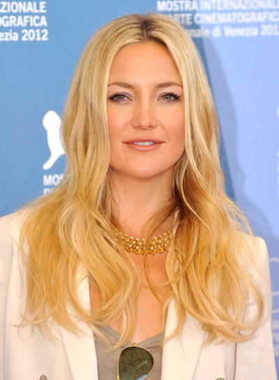 Kate Hudson's Long, Blonde, Tousled, Wavy Hairstyle