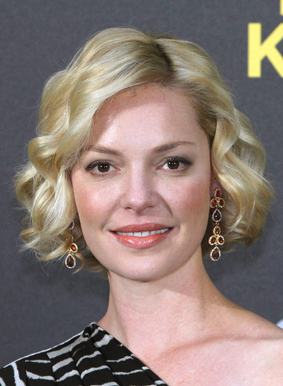 Katherine Heigl Short, Wavy, Formal, Blonde Bob