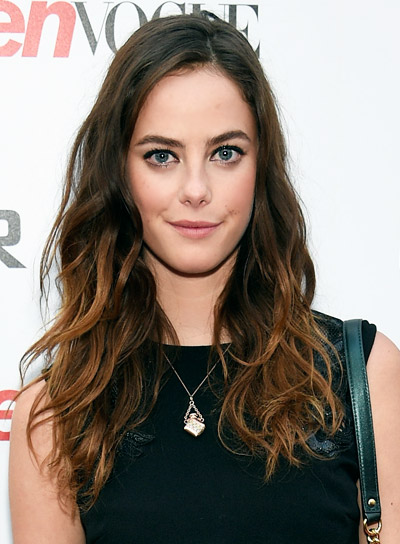 Kaya Scodelario with a Long, Wavy, Sexy, Brunette Hairstyle Pictures