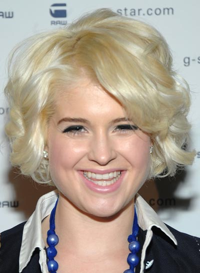 Kelly Osbourne Curly Blonde Bob