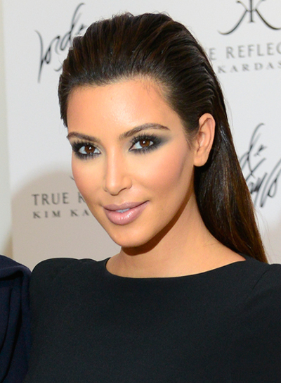 Kim Kardashian's Long, Straight, Chic, Brunette Hairstyle