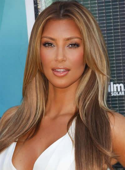 Kim Kardashian Sexy, Straight Hairstyle