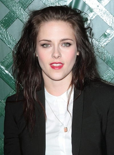 Kristen Stewart's Medium, Tousled, Edgy Hairstyle