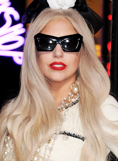Lady Gaga Long, Blonde, Straight Hairstyle
