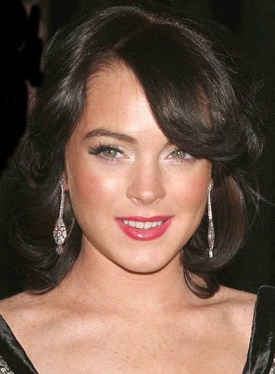 Lindsay Lohan Medium, Wavy, Brunette Hairstyle