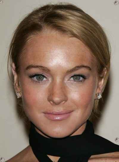 Lindsay Lohan Chic, Red Updo