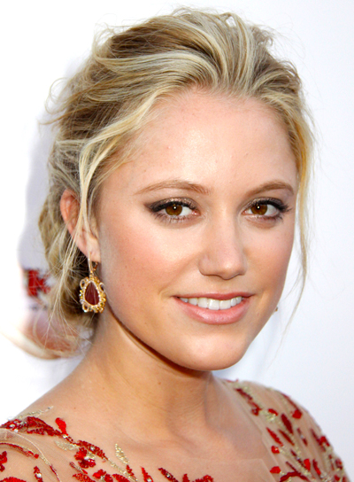 Maika Monroe's Tousled, Romantic, Blonde, Updo Hairstyle